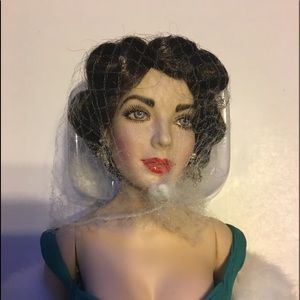 Franklin mint porcelain Elizabeth Taylor doll